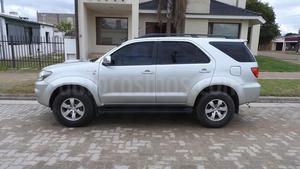 Toyota SW4 SRV Aut. Cuero