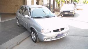 Chevrolet Corsa 4P Súper